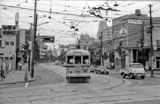 新田裏 都電13系統 新宿行き 1967年7月
