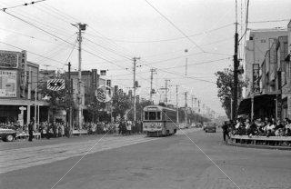 鍋屋横丁交差点 都電14系統最終日 1963年11月