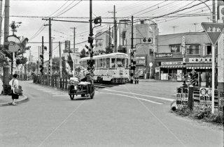 都電荒川線 熊野前-東尾久3丁目間 早稲田行き7415 1975年6月