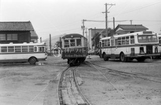 新小松駅 尾小屋鉄道 バス 踏切 昭和50 1975