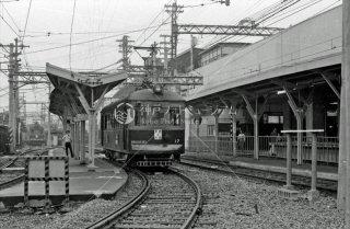 阪神国道線 野田駅 右上のホーム阪神本線野田駅 1970年6月