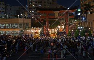 海神社秋祭 布団太鼓練り合わせ遠望 大鳥居 平成28