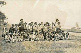 須磨浦小学校 舞子の浜 昭和30.4.20 1955 2年