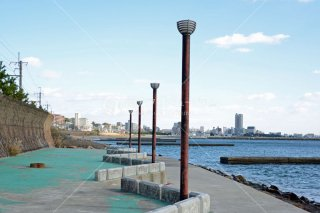 須磨海釣り公園よ須磨望む 平成26.11 2014