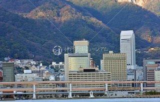 阪神高速 オリエンタルホテル ANAクラウンプラザホテル 神戸港より三宮元町遠望