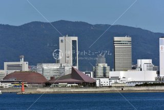 神戸第2防波堤南灯台 神国際展示場 ワールド記念ホール ポートピアホテル