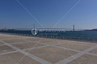 中崎 水産試験場跡 明石海峡大橋遠望
