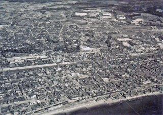 明石天文科学館上空 昭和37,1962