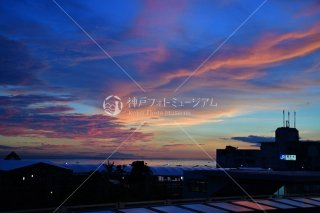 JR舞子駅 小豆島夕景