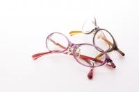 Cuteプラス(キュートプラス)〜 オールタイムサングラスに、ルーペの機能をプラス