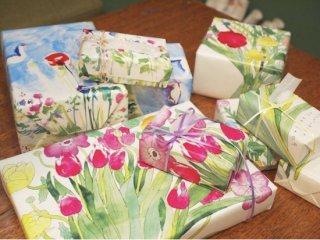 大きな花束の包装紙