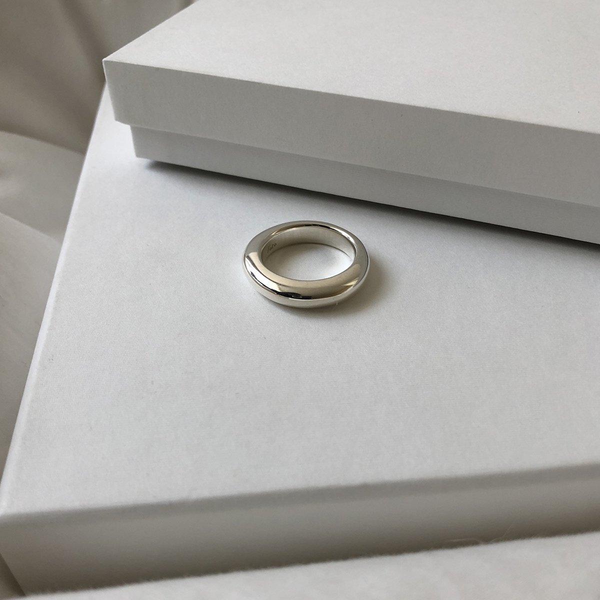 line ring silver