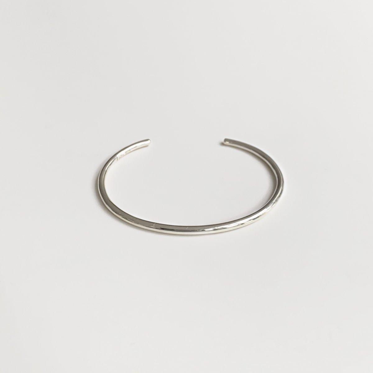 L bangle silver