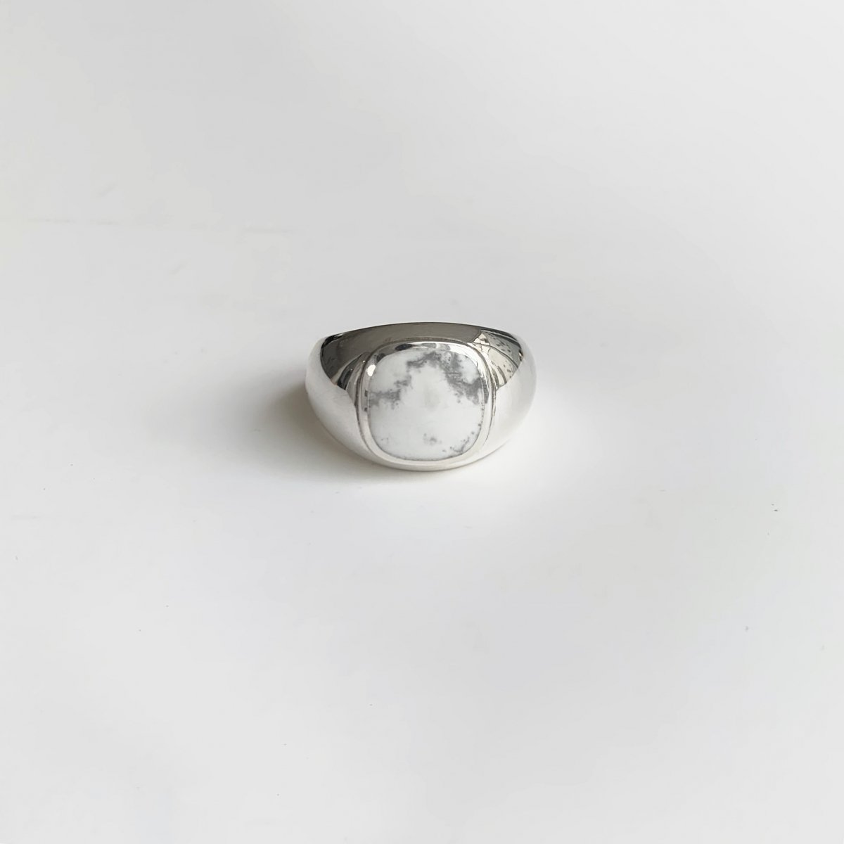BL ring WH