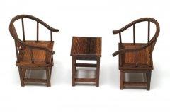 ミニ飾り椅子