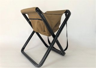 ROTHCO / FOLDING CAMP STOOL