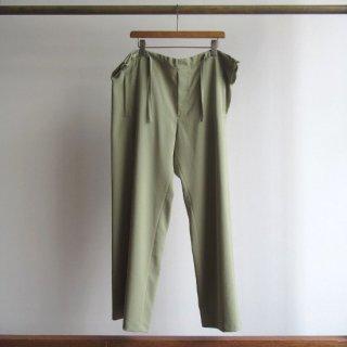 YOKE(ヨーク) FREE EASY PANTS