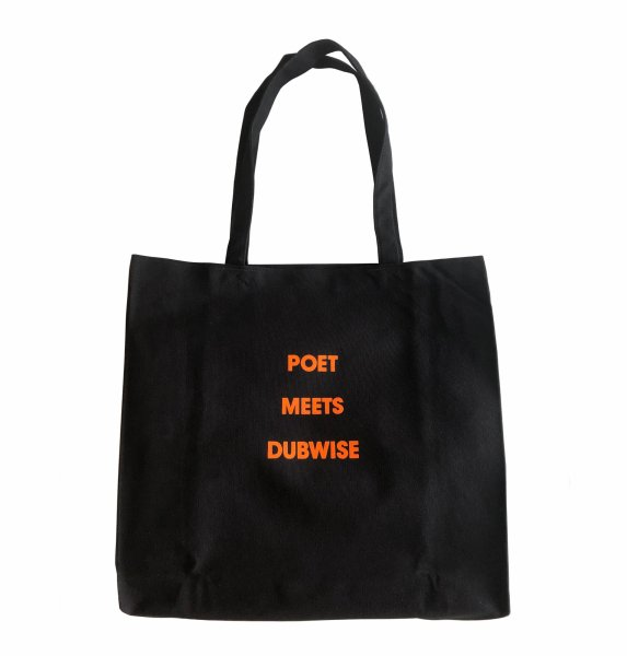 POET MEETS DUBWISE CANVAS TOTE<img class='new_mark_img2' src='//img.shop-pro.jp/img/new/icons8.gif' style='border:none;display:inline;margin:0px;padding:0px;width:auto;' />
