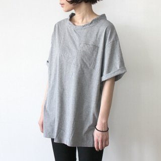 DOUBLE NECK T-SHIRT