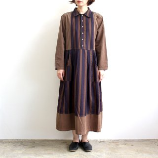 <img class='new_mark_img1' src='https://img.shop-pro.jp/img/new/icons1.gif' style='border:none;display:inline;margin:0px;padding:0px;width:auto;' />APRON SHIRTS ONEPIECE