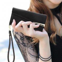 【iPhone8 本革仕様 ハンドバックのような使いやすさ】iPhone8/7/6s/6 Wristlets Folio−Black