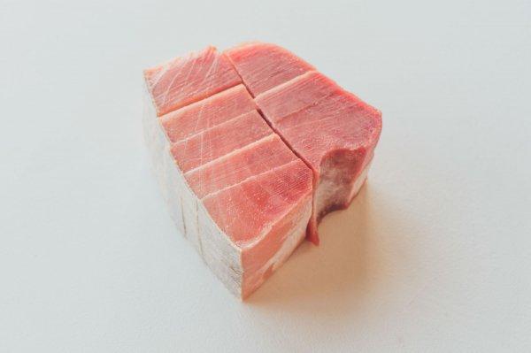 【冷凍】メバチまぐろ 中とろ・赤身 たっぷり1kgセット 6000円(税別)