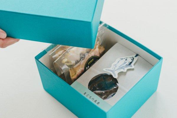 【冷蔵】 ごちそうコンフィミニ3種と角煮のギフトセット オリジナルBOXエメラルド 3,000円(税別)