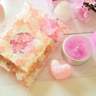 【桜スペシャル】練り香水 京の練り香 Heavenly Aroom ソリッドパフューム 15g 八重桜 桜とハートの無料ラッピングつき