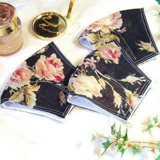 【花楽堂オリジナル】マスク 布マスク ブラック 重ねローズ柄 呉服屋の上質晒マスク 手作り 日本製