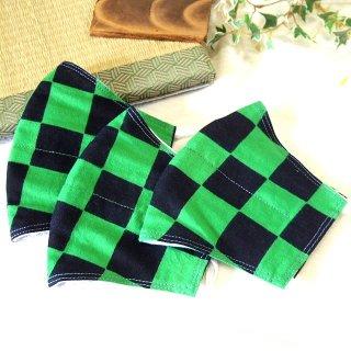 【花楽堂オリジナル】マスク 布マスク 黒×緑 市松模様 呉服屋の上質晒マスク 手作り 日本製