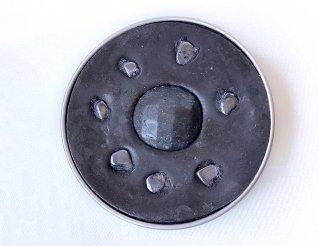 地の缶 150μSv(マイクロシーベルト)