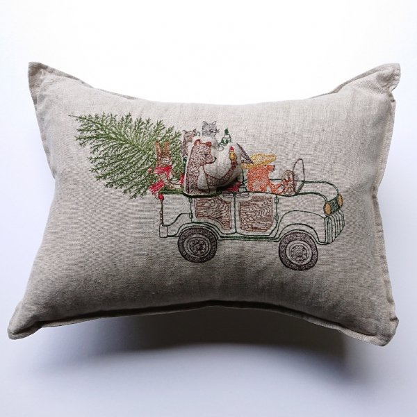 <img class='new_mark_img1' src='https://img.shop-pro.jp/img/new/icons13.gif' style='border:none;display:inline;margin:0px;padding:0px;width:auto;' />CORAL&TUSK  Christmas Tree Car Pocket Pillow