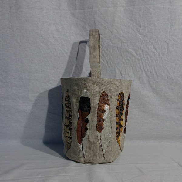 CORAL&TUSK  Feather Bucket