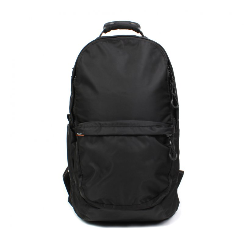 <img class='new_mark_img1' src='https://img.shop-pro.jp/img/new/icons8.gif' style='border:none;display:inline;margin:0px;padding:0px;width:auto;' />TWILL BACKPACK 27L / BLACK