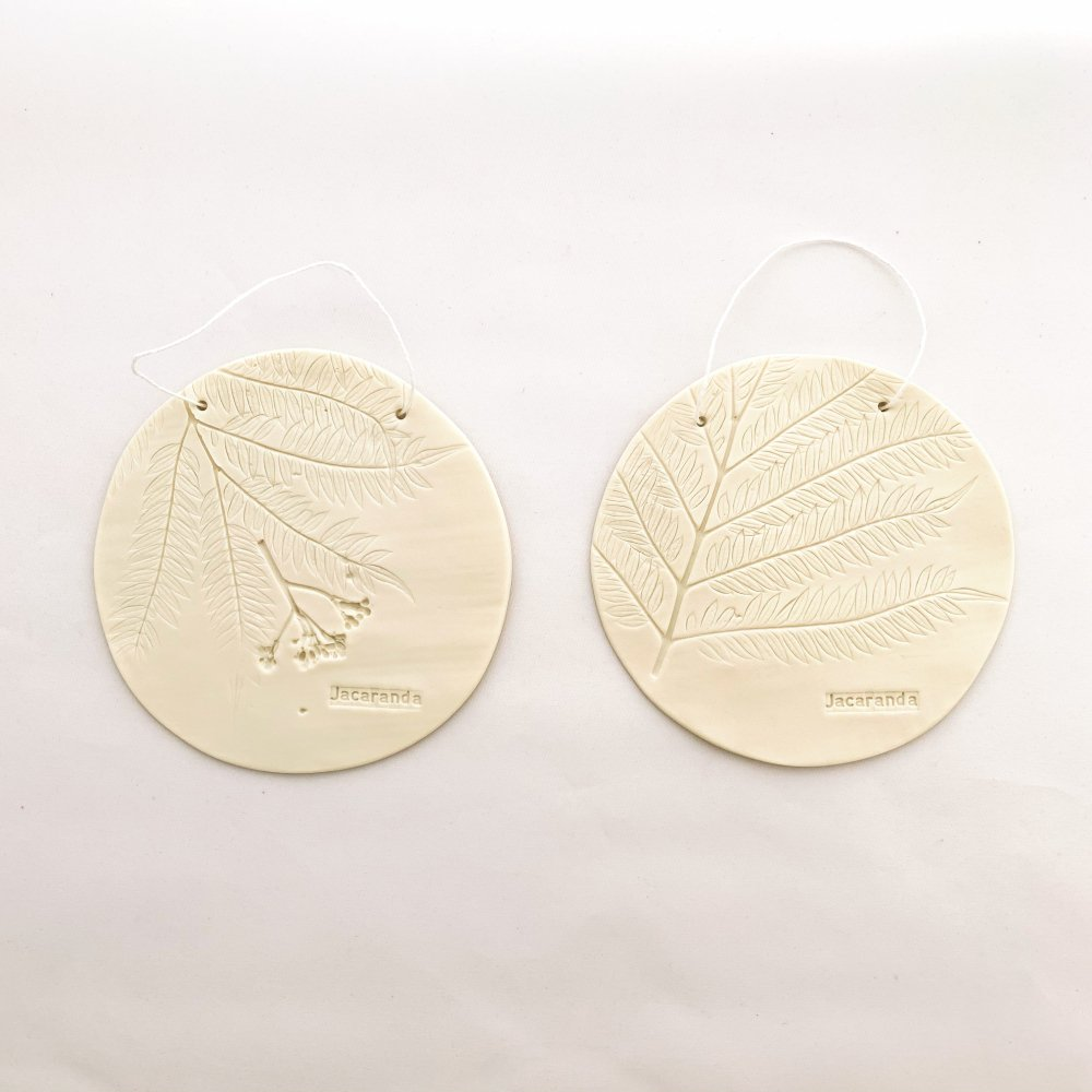 Otchipotchi<br>herbarium plate round jacaranda