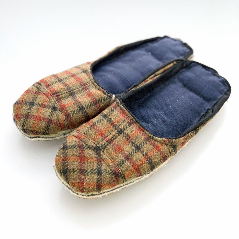 Portuguese grandma slippers<br>