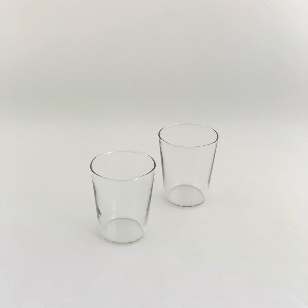 谷口嘉<br>グレーグラス