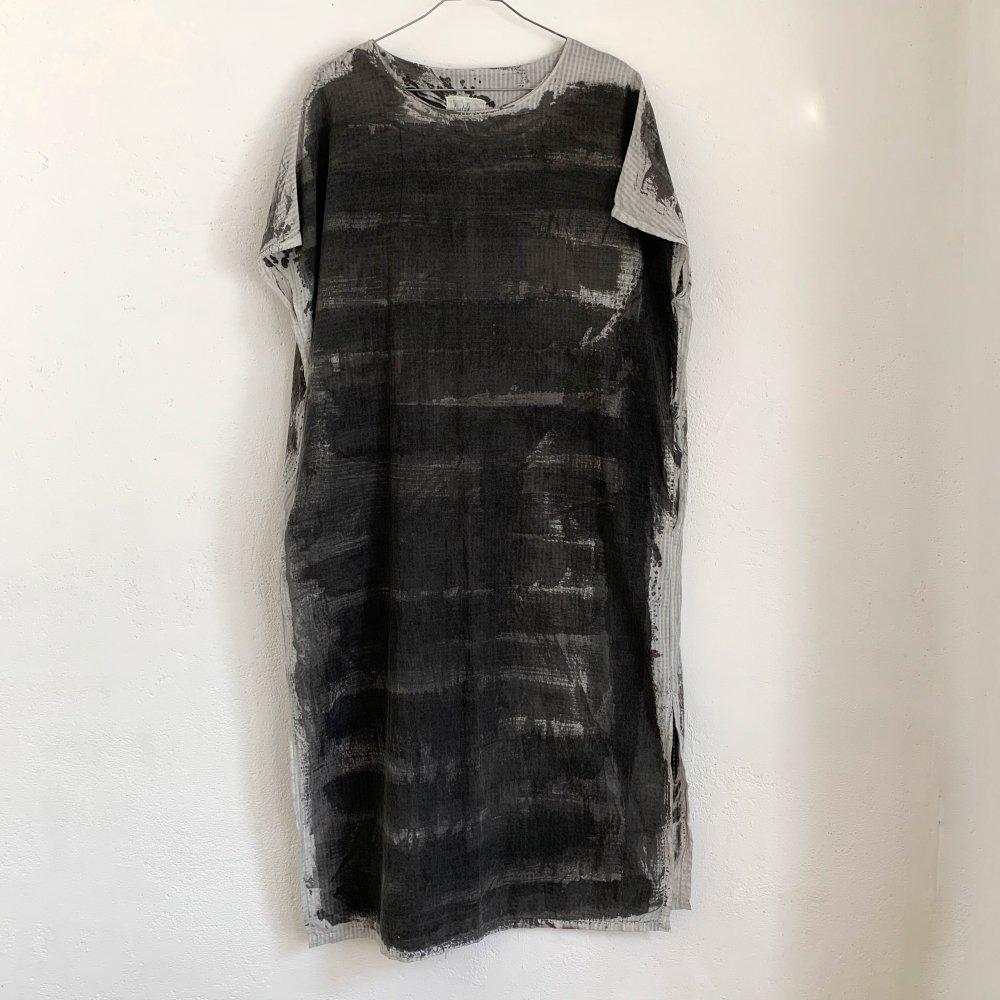 Funatabi atelier<br>side slit dress<br>sumi dye
