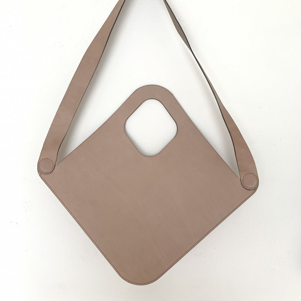 logsee<br>LO collection<br>Hamon leather bag M
