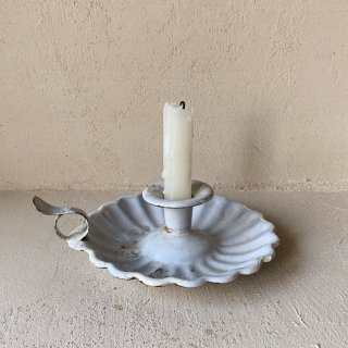 Antique candle stand<img class='new_mark_img2' src='//img.shop-pro.jp/img/new/icons47.gif' style='border:none;display:inline;margin:0px;padding:0px;width:auto;' />