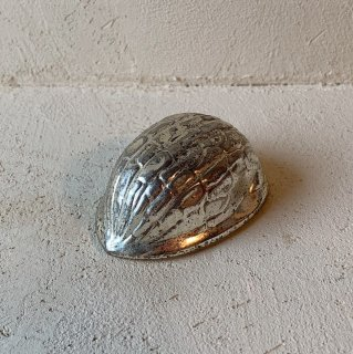 Silver walnut object<img class='new_mark_img2' src='//img.shop-pro.jp/img/new/icons47.gif' style='border:none;display:inline;margin:0px;padding:0px;width:auto;' />