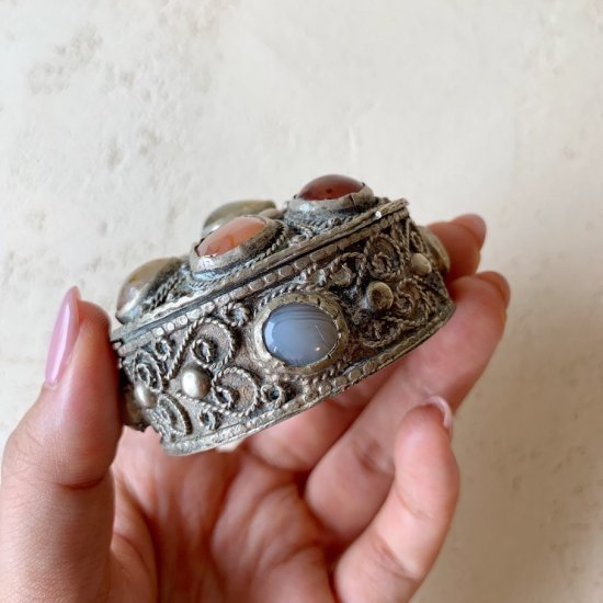 Antique jewelry case