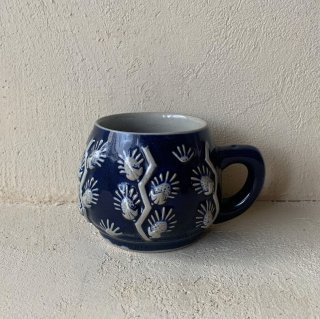 Vintage pottery cup<img class='new_mark_img2' src='https://img.shop-pro.jp/img/new/icons47.gif' style='border:none;display:inline;margin:0px;padding:0px;width:auto;' />