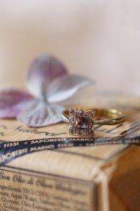 ラベンダー・ビスケットみたいなアメジストとダイヤモンドのリング