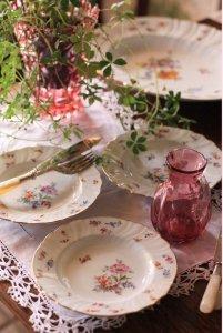 オーストリア ハンドペイントの柄違いブーケ テーブル・プレートセット