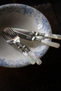 マザーオブパールのハンドル デザート用カトラリーセット