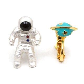 宇宙飛行士 イヤリング:gargle(ガーグル)
