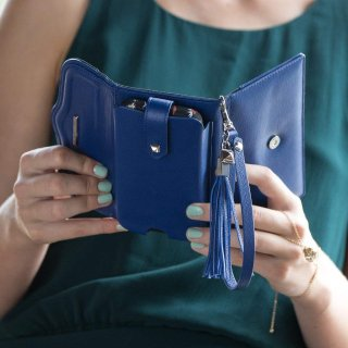 【iPhone6s/6 ケース レベッカ・ミンコフ】 iPhone6s/6 REBECCA MINKOFF Wristlet with Tassle Cobalt