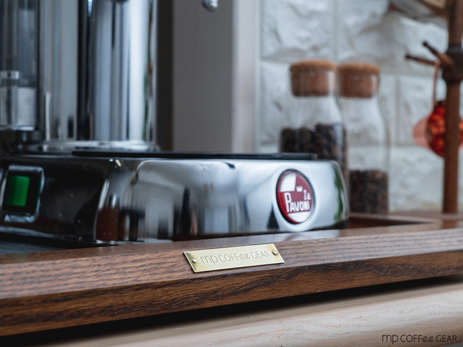 mp coffee gear エスプレッソマシンボード(レベルアジャスター付き) mp COFFee GEAR<img class='new_mark_img2' src='https://img.shop-pro.jp/img/new/icons1.gif' style='border:none;display:inline;margin:0px;padding:0px;width:auto;' />