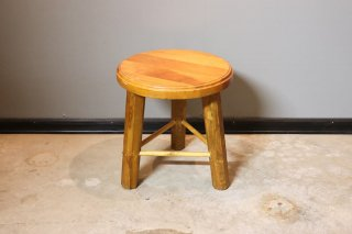 <img class='new_mark_img1' src='https://img.shop-pro.jp/img/new/icons14.gif' style='border:none;display:inline;margin:0px;padding:0px;width:auto;' />Wood Stool